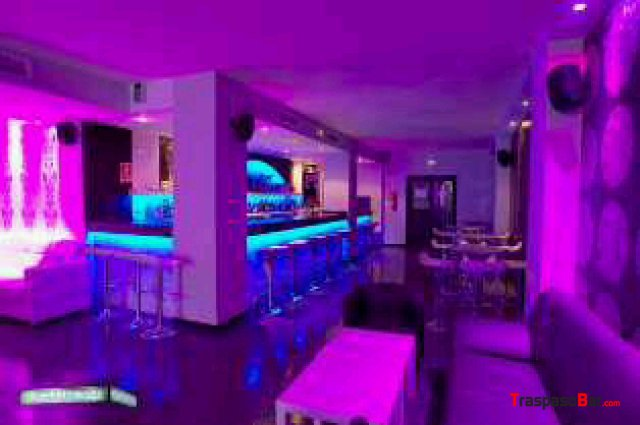 Ocasion traspaso bar de copas en sevilla - Decoracion de bares de copas ...